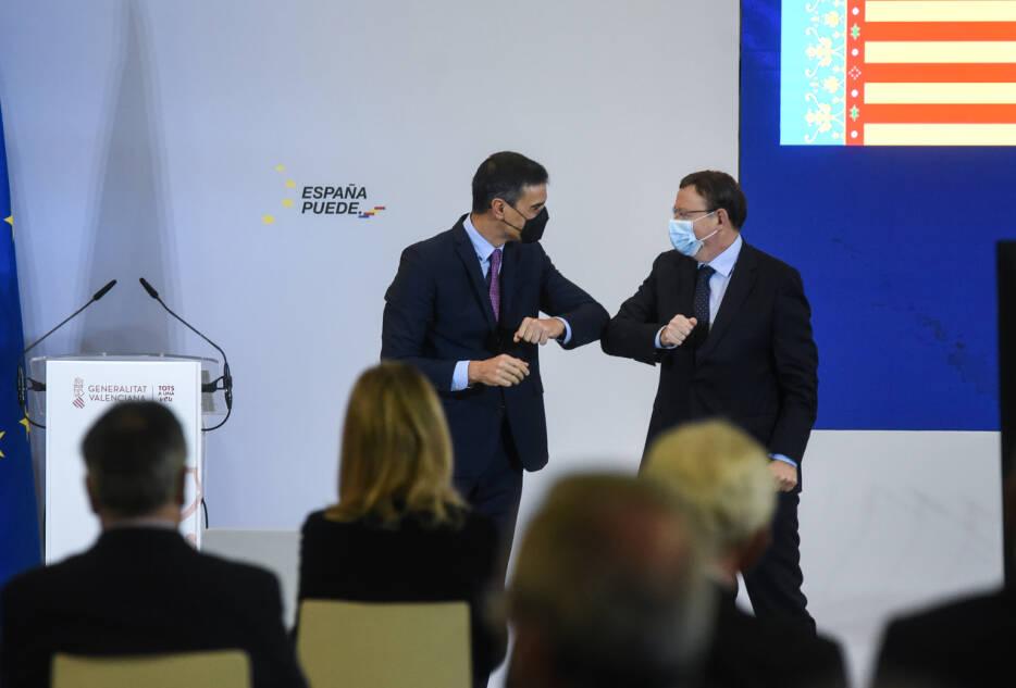 Noviembre 2020. Presentación en València del Plan de Recuperaicón y Resilencia, con la participación del alcalde de Elche, acto con las primeras autoridades nacionales y autonómicas.